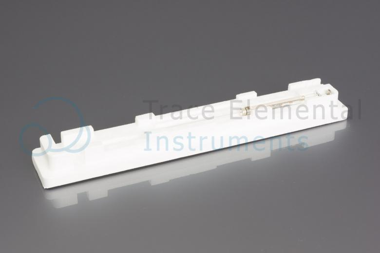 <p>Syringe 100 µl, 120 mm needle</p>