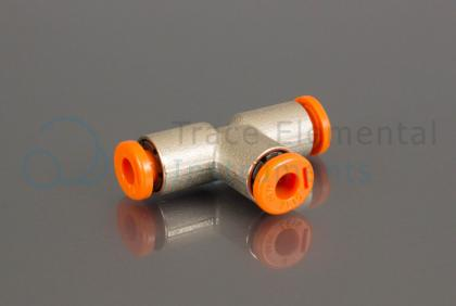 <p>T-piece, push in connector 4 - 4 - 4 mm</p>